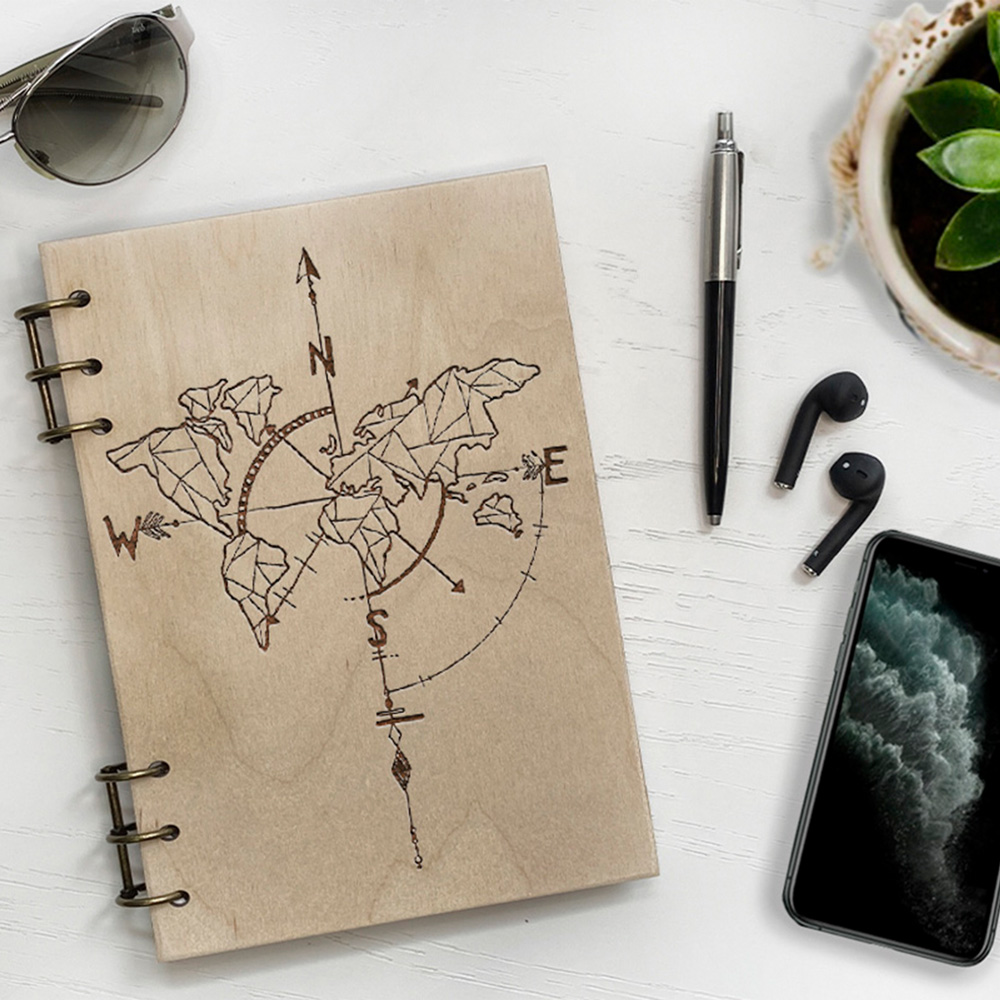 Дерев'яний блокнот з гравіюванням Compass
