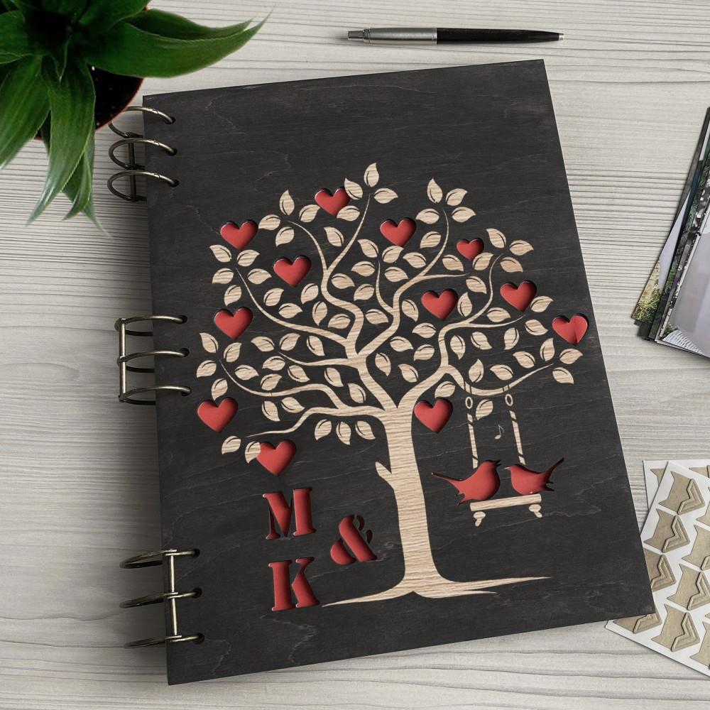 Дерев'яний фотоальбом з гравіюванням Дерево кохання