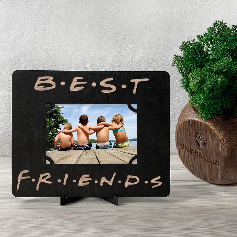 Фоторамка из дерева с гравировкой Friends