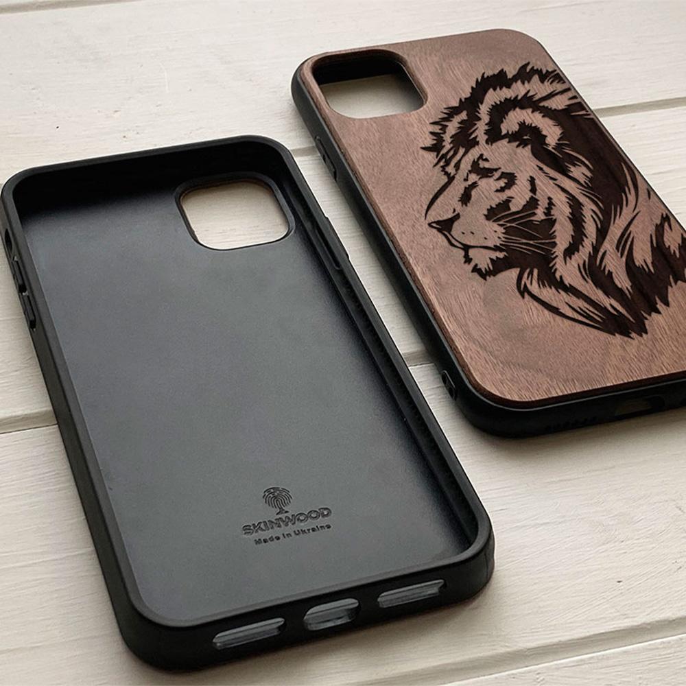 Чохол на Айфон з гравіюванням Lion