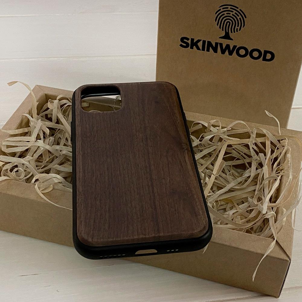 Чохол на Айфон 11 Pro з дерева