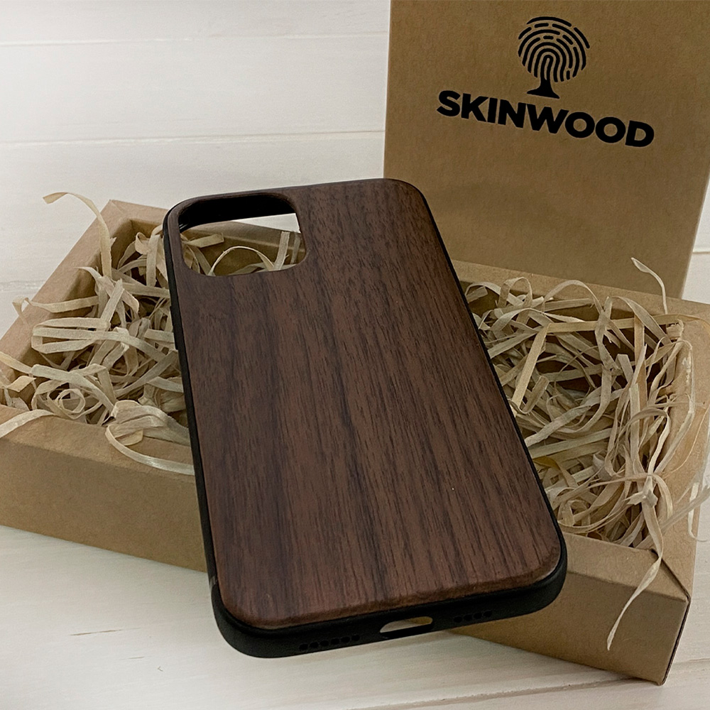 Чохол на Айфон 12 Pro Max з дерева