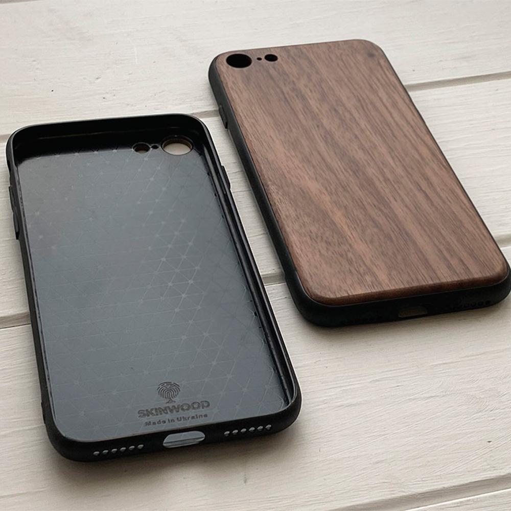 Чохол на Айфон 8 з дерева
