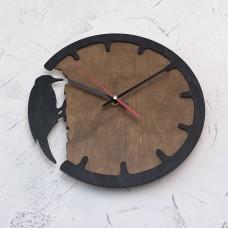 Настінний годинник Woodpecker
