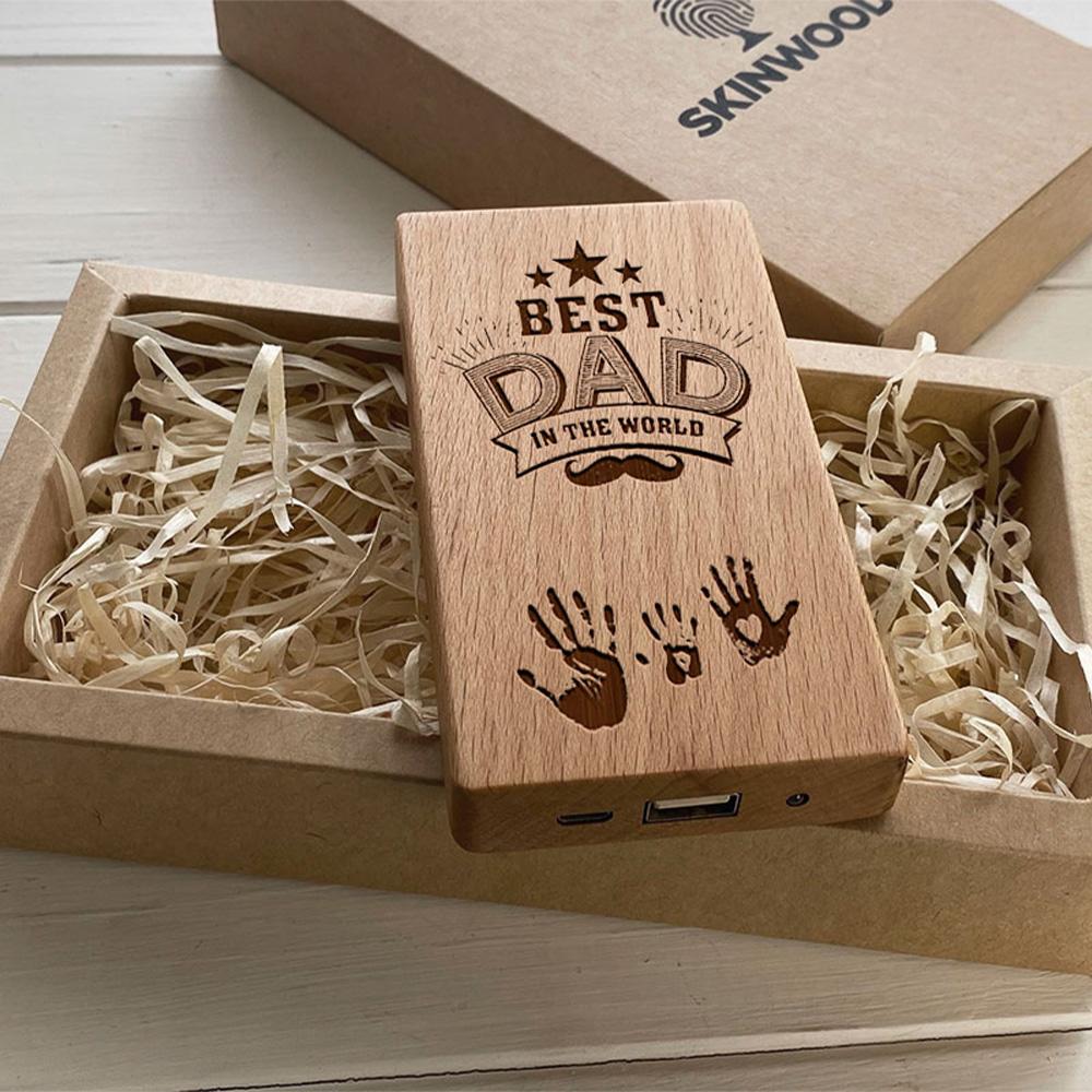 Повербанк з дерева та гравіюванням Dad